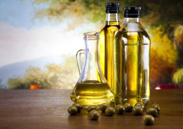 Fresh olives, olive oil